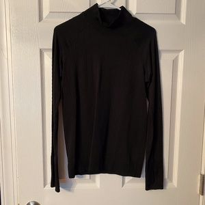 Lululemon Turtleneck Sweater Black 8 EUC